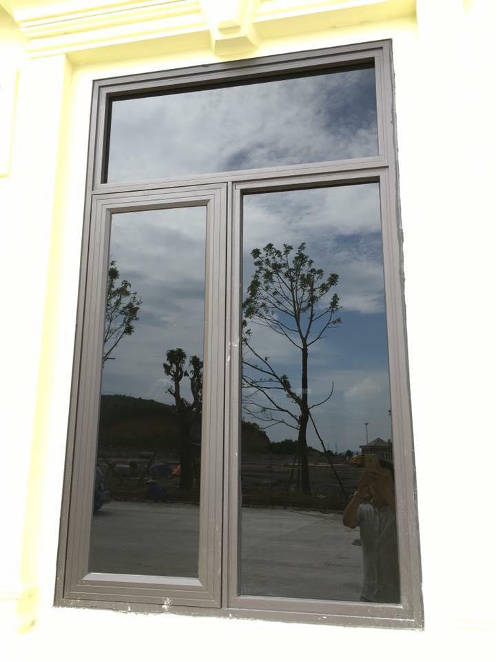 Cửa sổ mở quay 2 cánh nhôm PMA