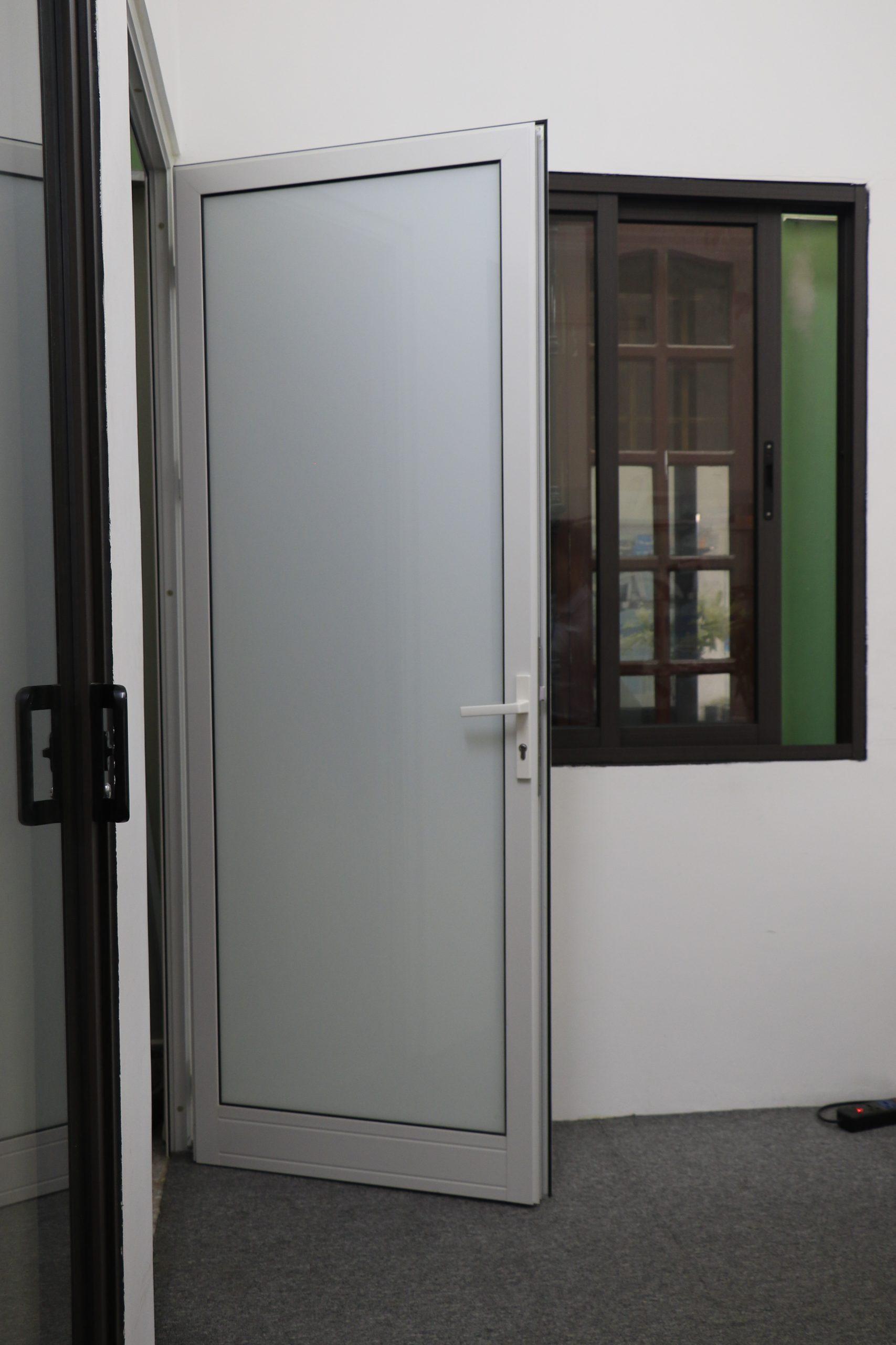 Chọn lựa các mẫu cửa nhôm phòng ngủ đẹp
